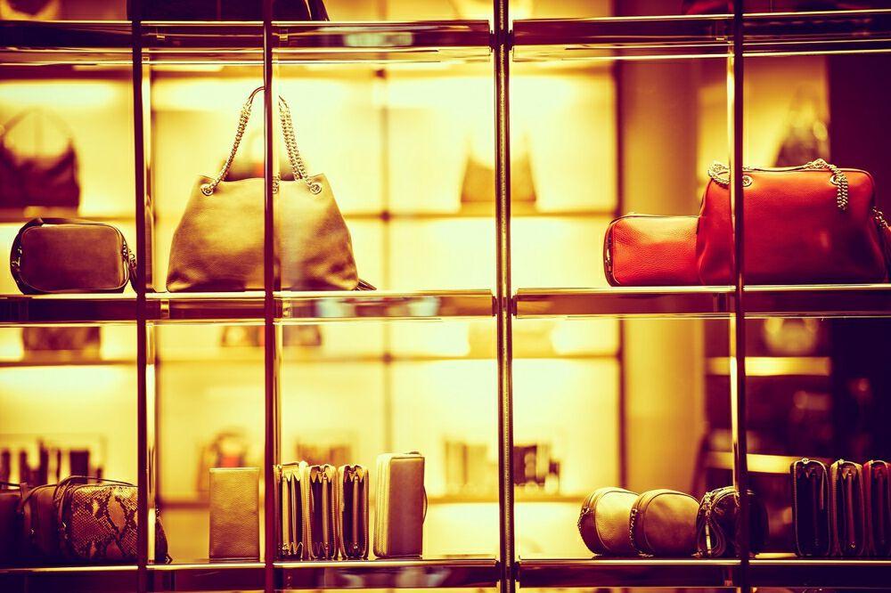 奢侈品市场涨价潮:晚买一天,涨价三千