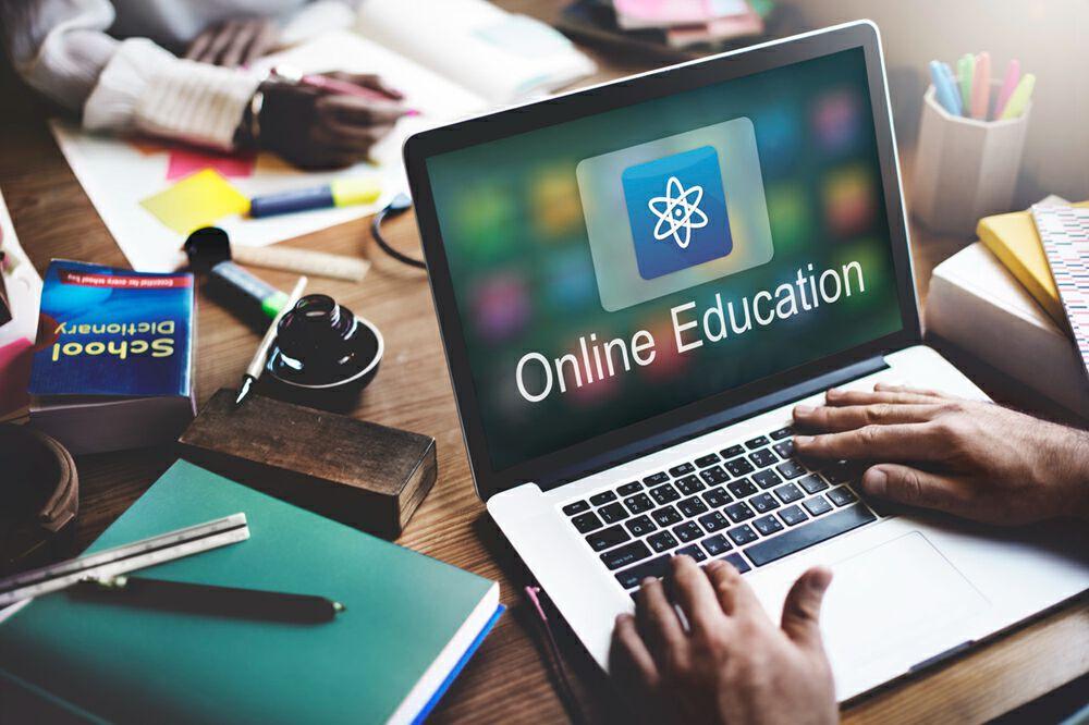 昨天,中国最大的在线小班教育公司递交招股书