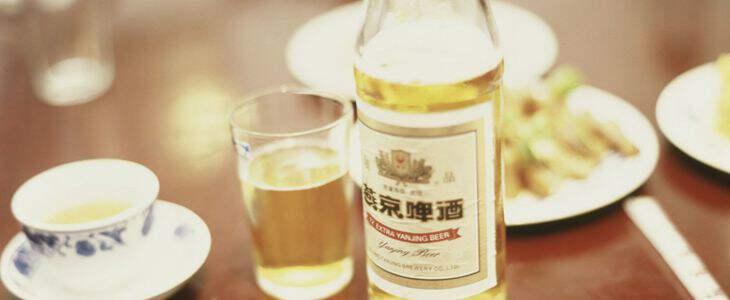 """燕京啤酒的""""中年危机"""""""