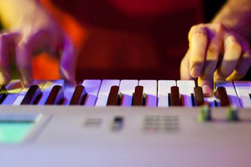 网易云音乐的IP探索:人、内容、连接点