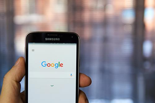 谷歌负面缠身