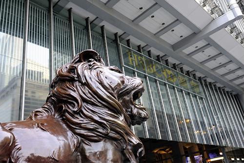 港交所李小加:百威取消IPO是个案,未来对香港IPO市场很有信心