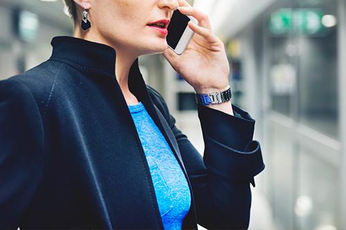 【CV荐书】互联网女皇玛丽·米克尔:跟风投资过热的行业是愚蠢的行为