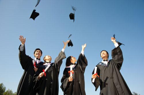 民生教育中报:上半年收益为5.26亿元,入学人数同期增长71.8%