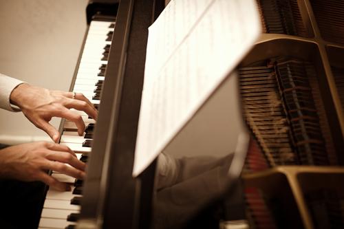 于斯钢琴被曝跑路 超百名学员课时费无着落