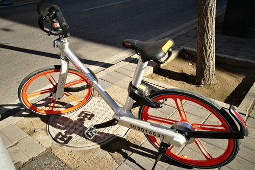 摩拜單車消失了,但粉絲們還活著