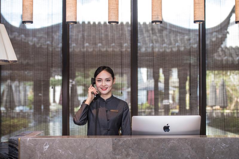 美豪酒店「渡劫」:送外賣、做湯池、轉聯辦,看準本地生活