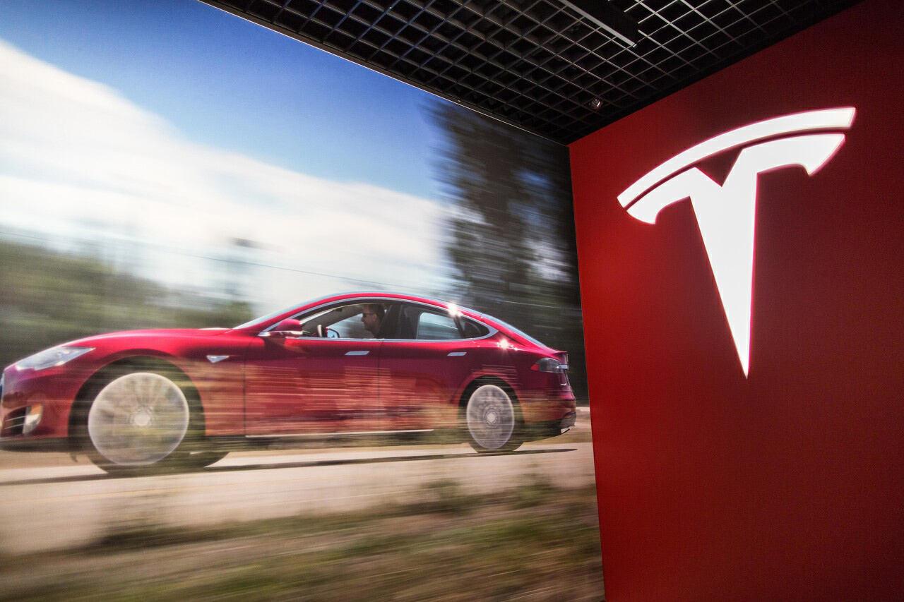 福特推出自动驾驶系统,CEO发推暗讽特斯拉