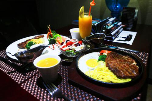 """中国餐饮怪圈:陷入""""网红风""""不可自拔?"""